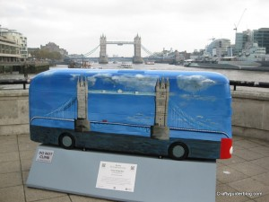 tower bridge bus sculpture